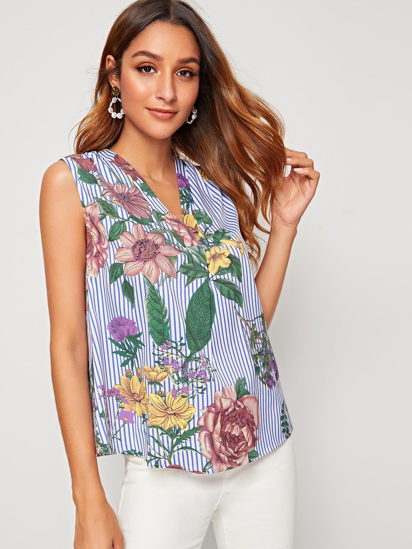 Фото 7 - Блузу в полоску размера плюс с v-образным вырезом от SheIn цвет чёрнобелые