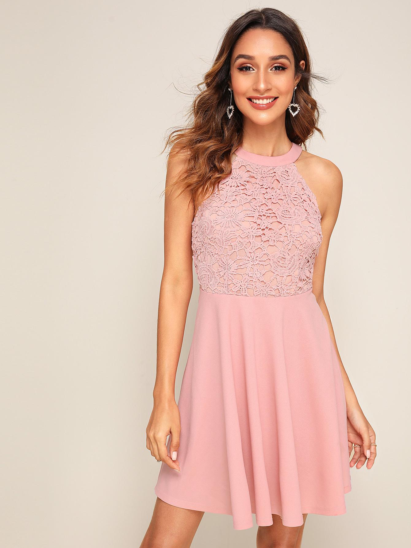 Фото - Кружевное расклешенное платье с молнией сзади от SheIn цвет розовые