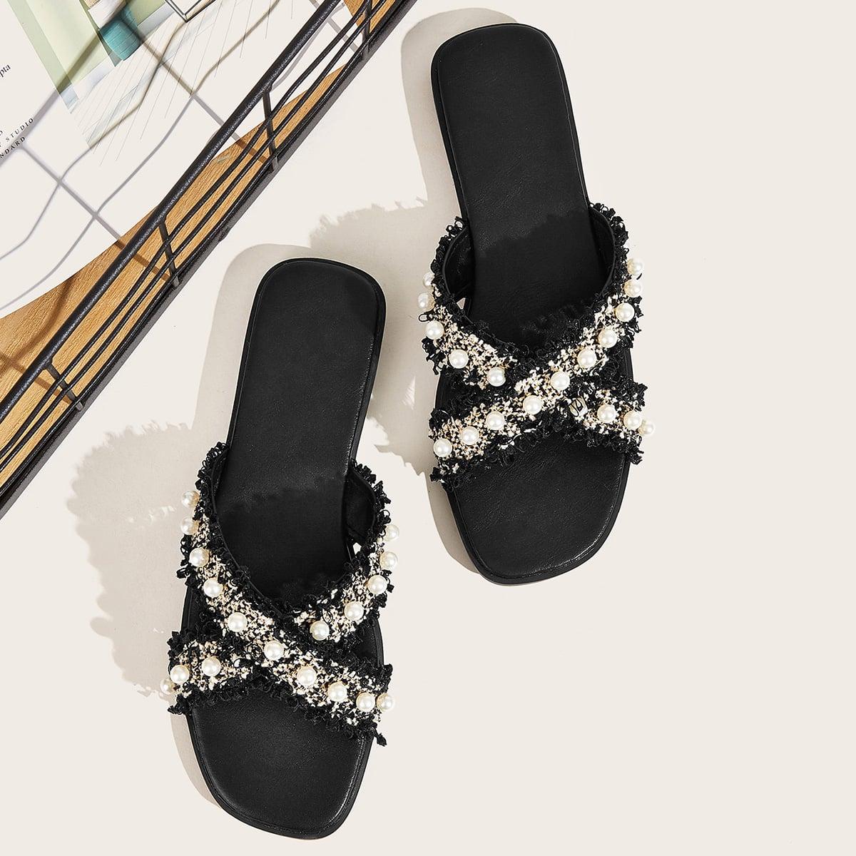 Zwart & wit Feest Slippers Parels