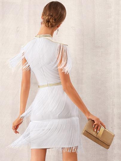 Фото 2 - Однотонное платье с оригинальной отделкой от SheIn цвет бургундия