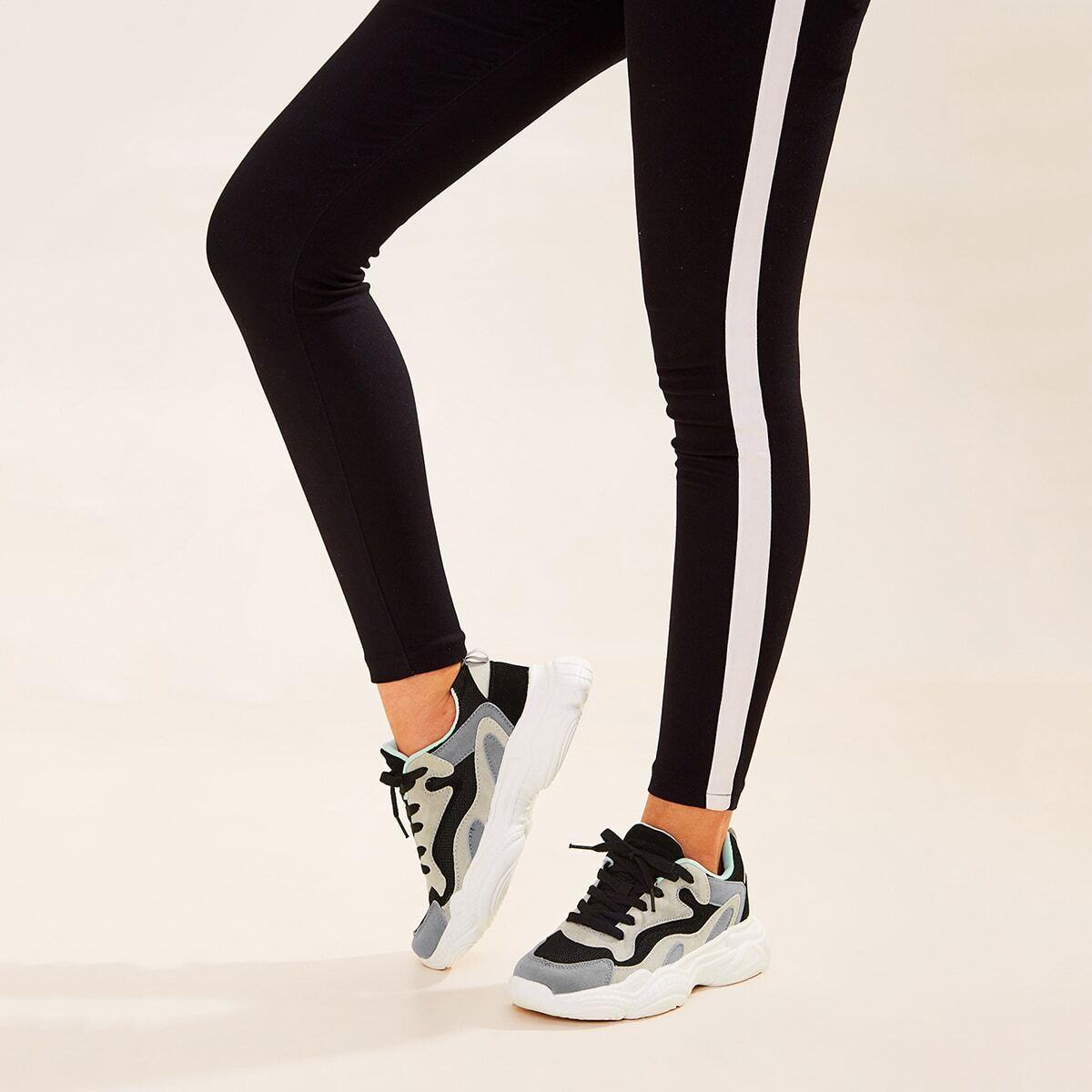 Кроссовки на платформе на шнуровках от SHEIN