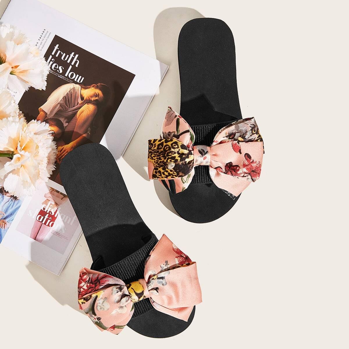 Тапочки с узлом и цветочным принтом от SHEIN