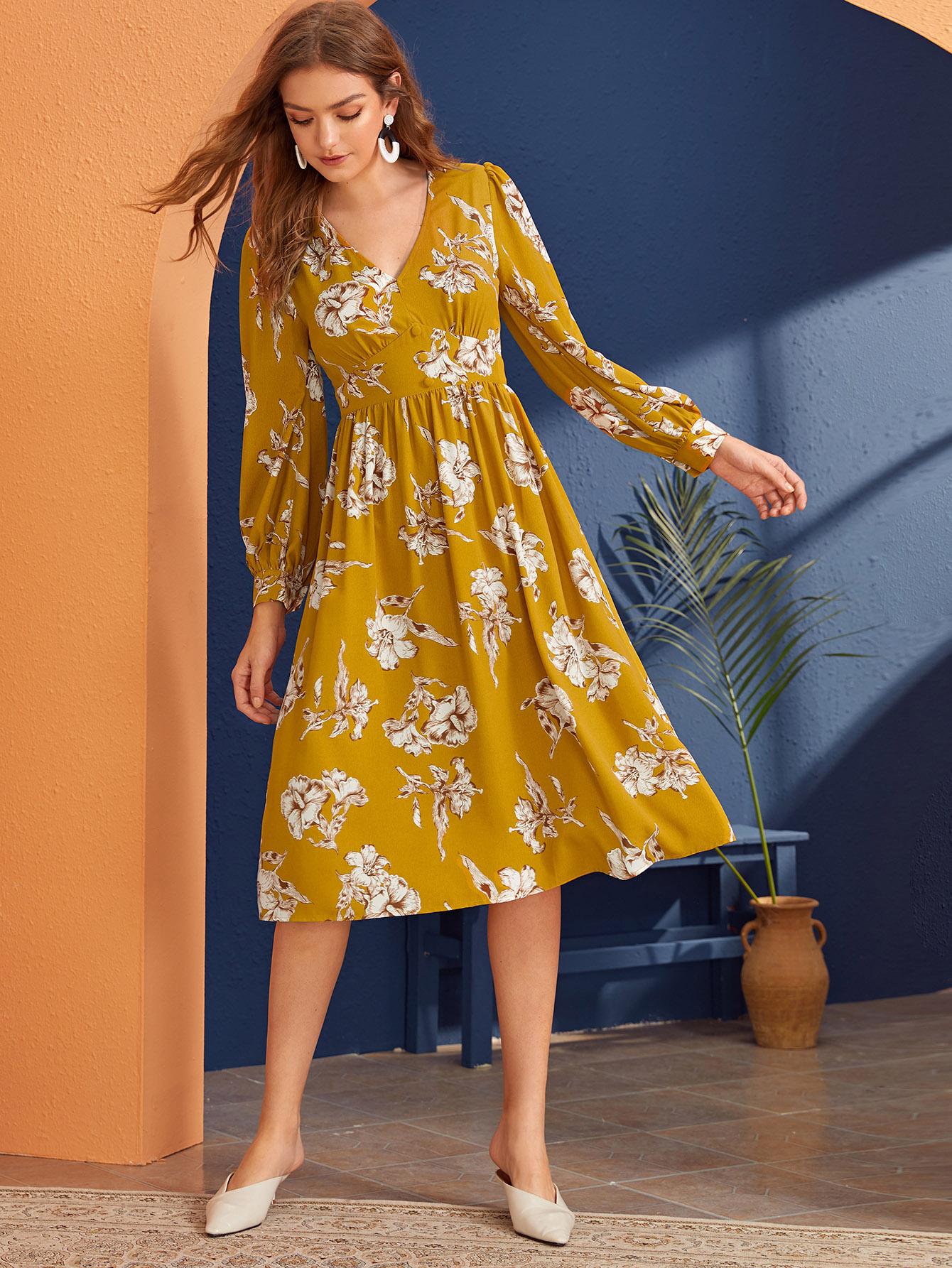 Фото - Платье с пуговицами и цветочным принтом от SheIn цвет жёлтые