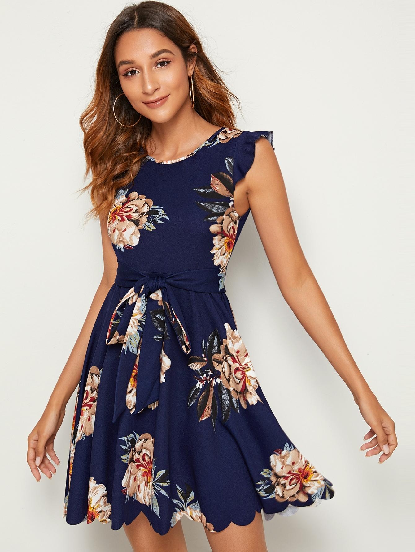 Фото - Платье с поясом и оборкой от SheIn цвет тёмно-синие