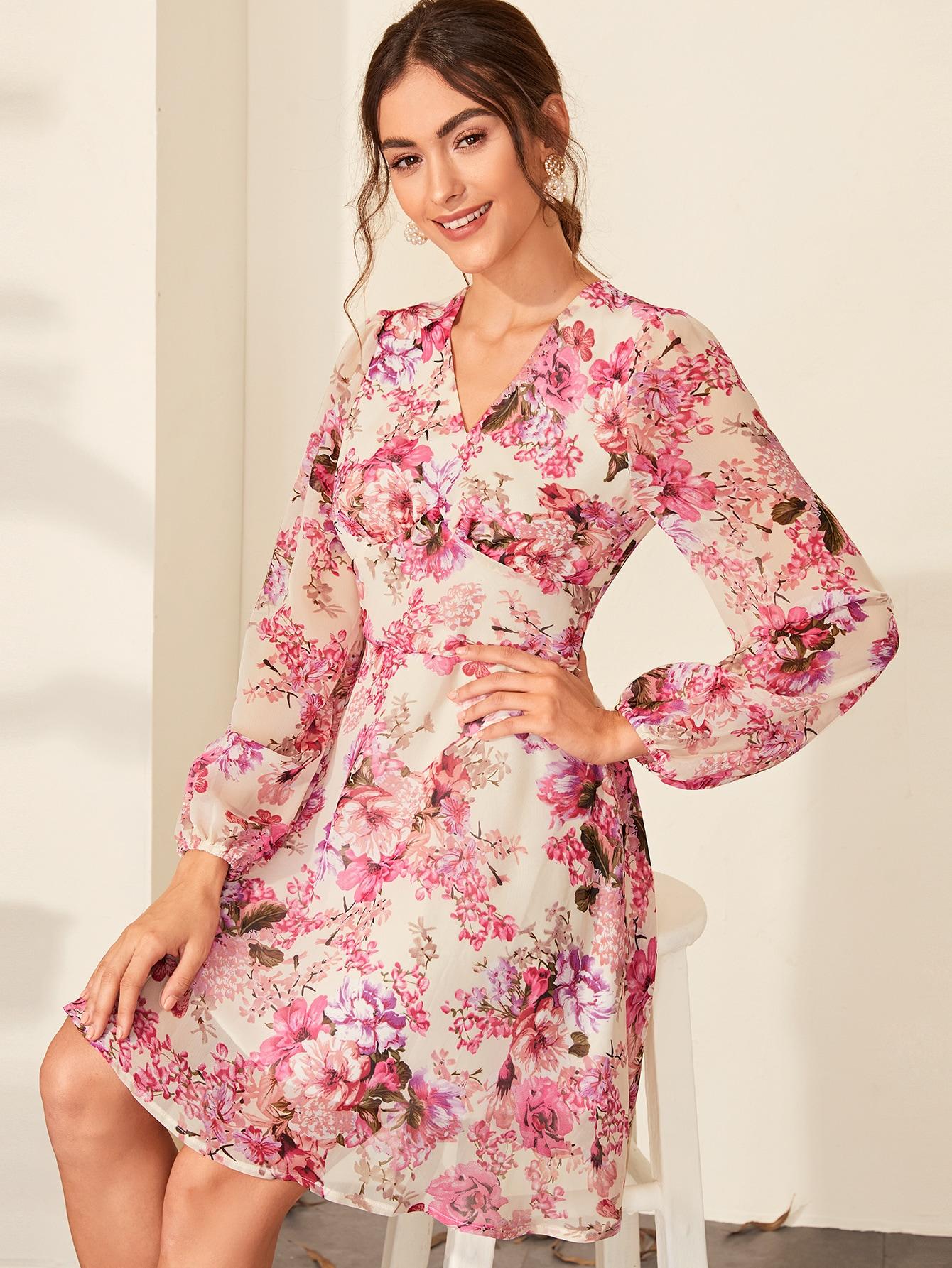 Платье с цветочным принтом и молнией сзади