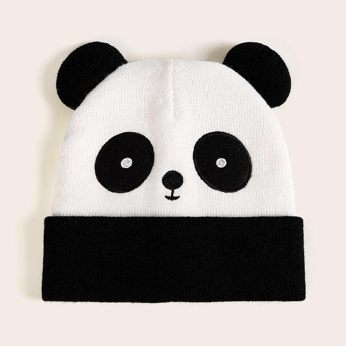 Шапка в форме панды от SHEIN
