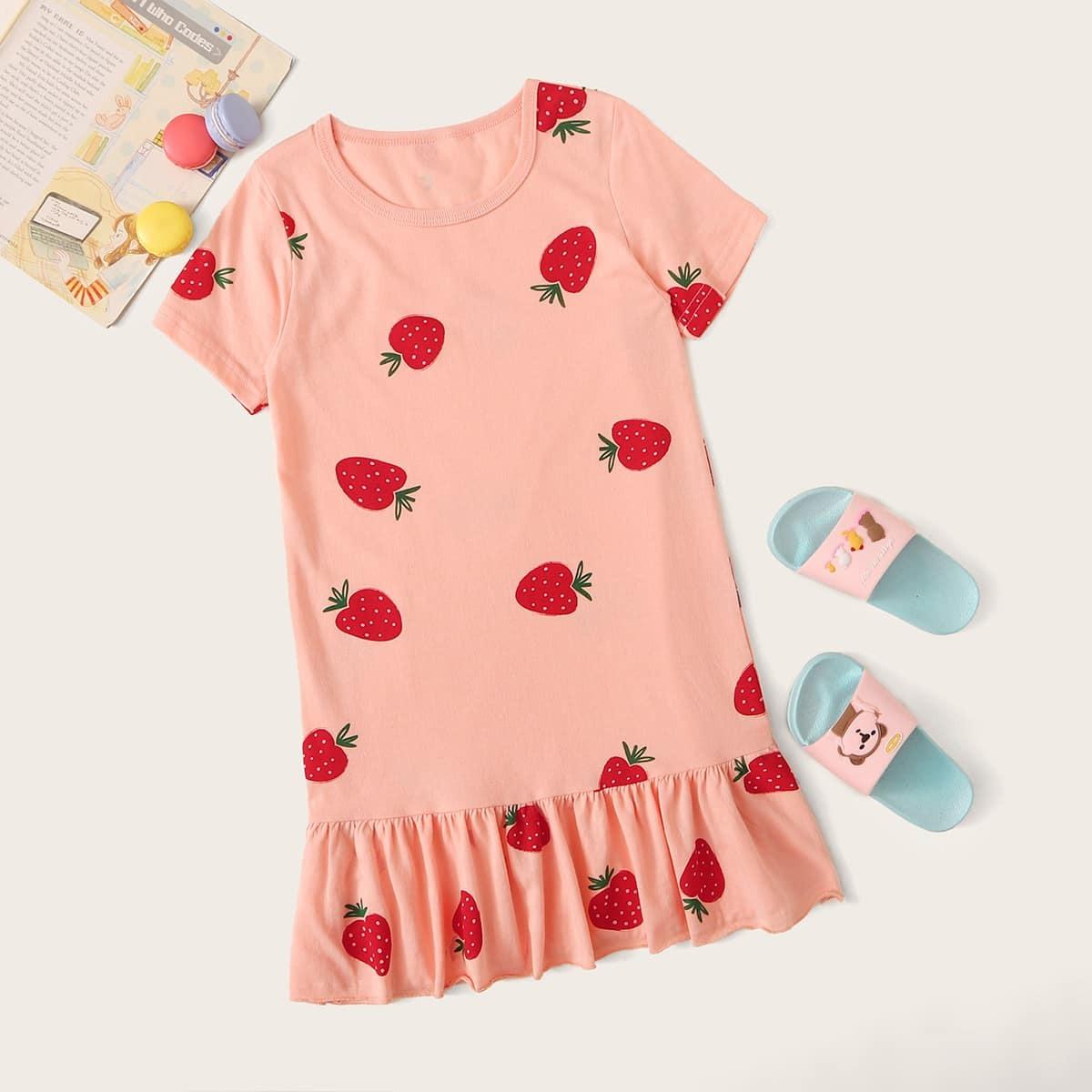 Ночная рубашка с клубничным принтом для девочек от SHEIN