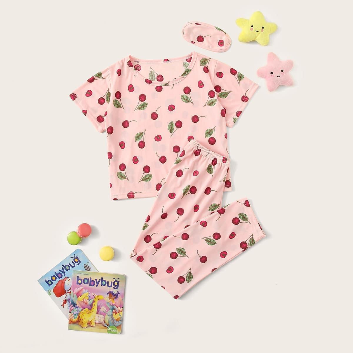 Пижама с вишневым принтом и маской для глаз от SHEIN