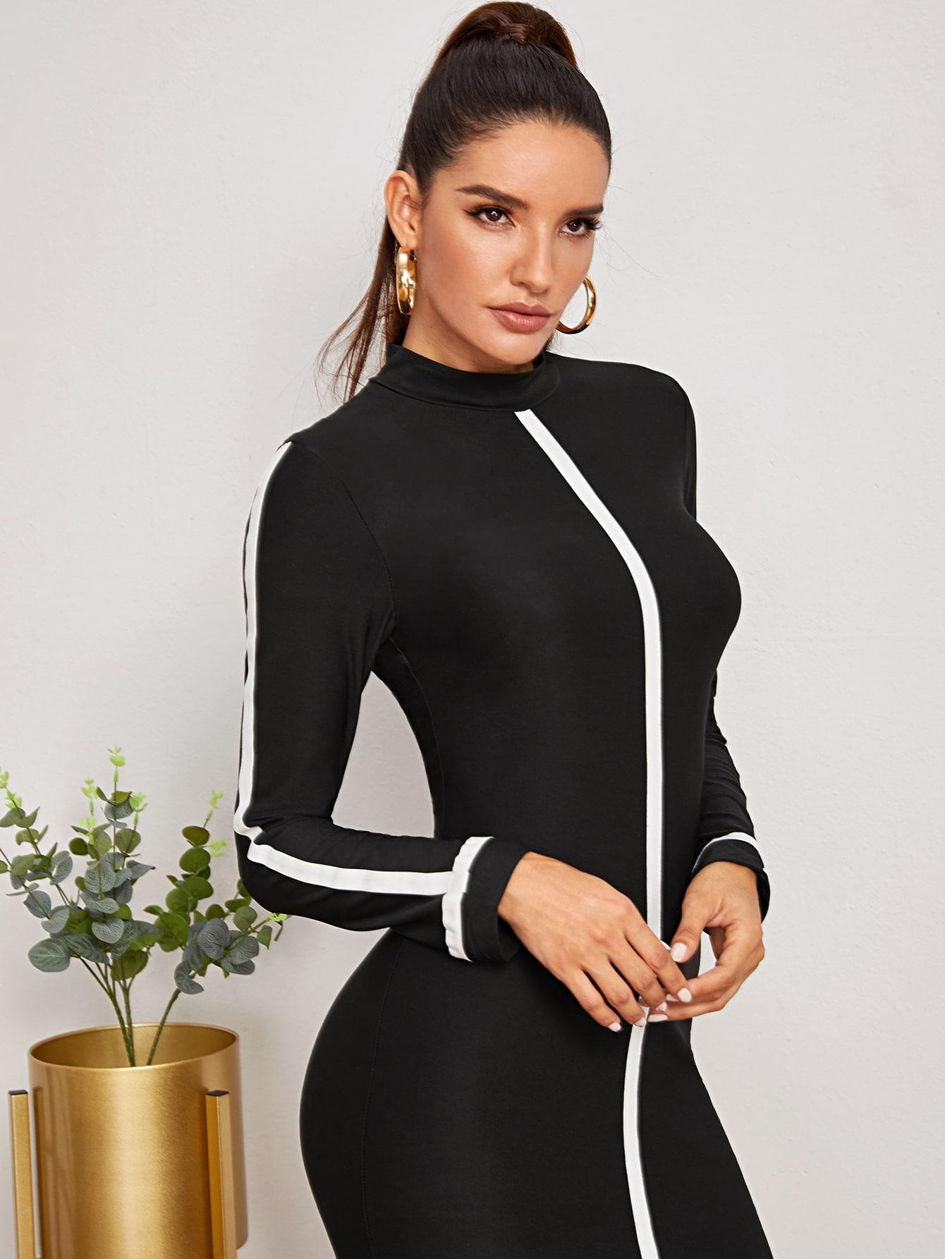 SHEIN / Vestido ajustado de cuello alto con cinta en contraste