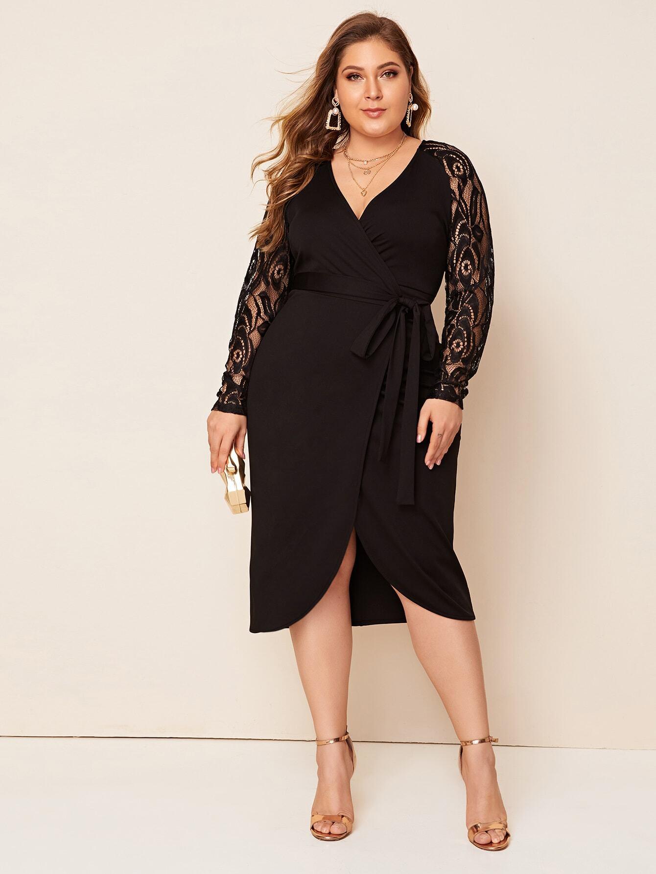 Платье размера плюс с кружевным рукавом и поясом