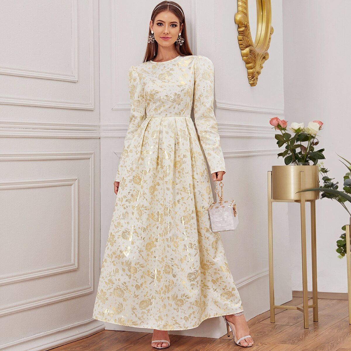 Wit Elegant Bloemen Arabische Kleding
