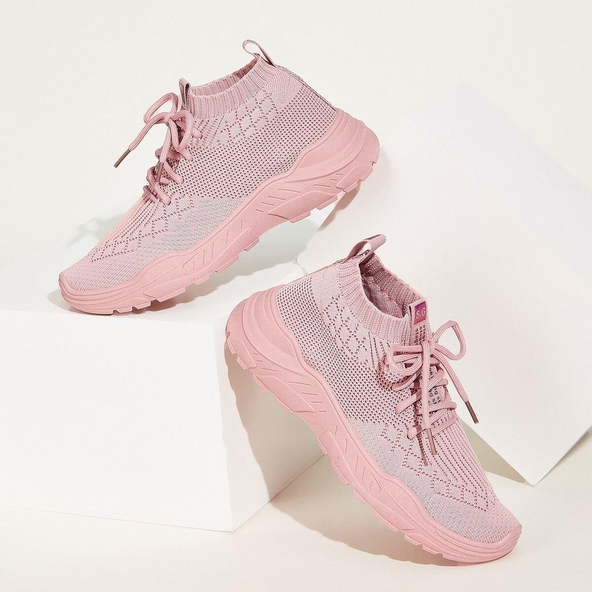 Трикотажные кроссовки на шнурках от SHEIN