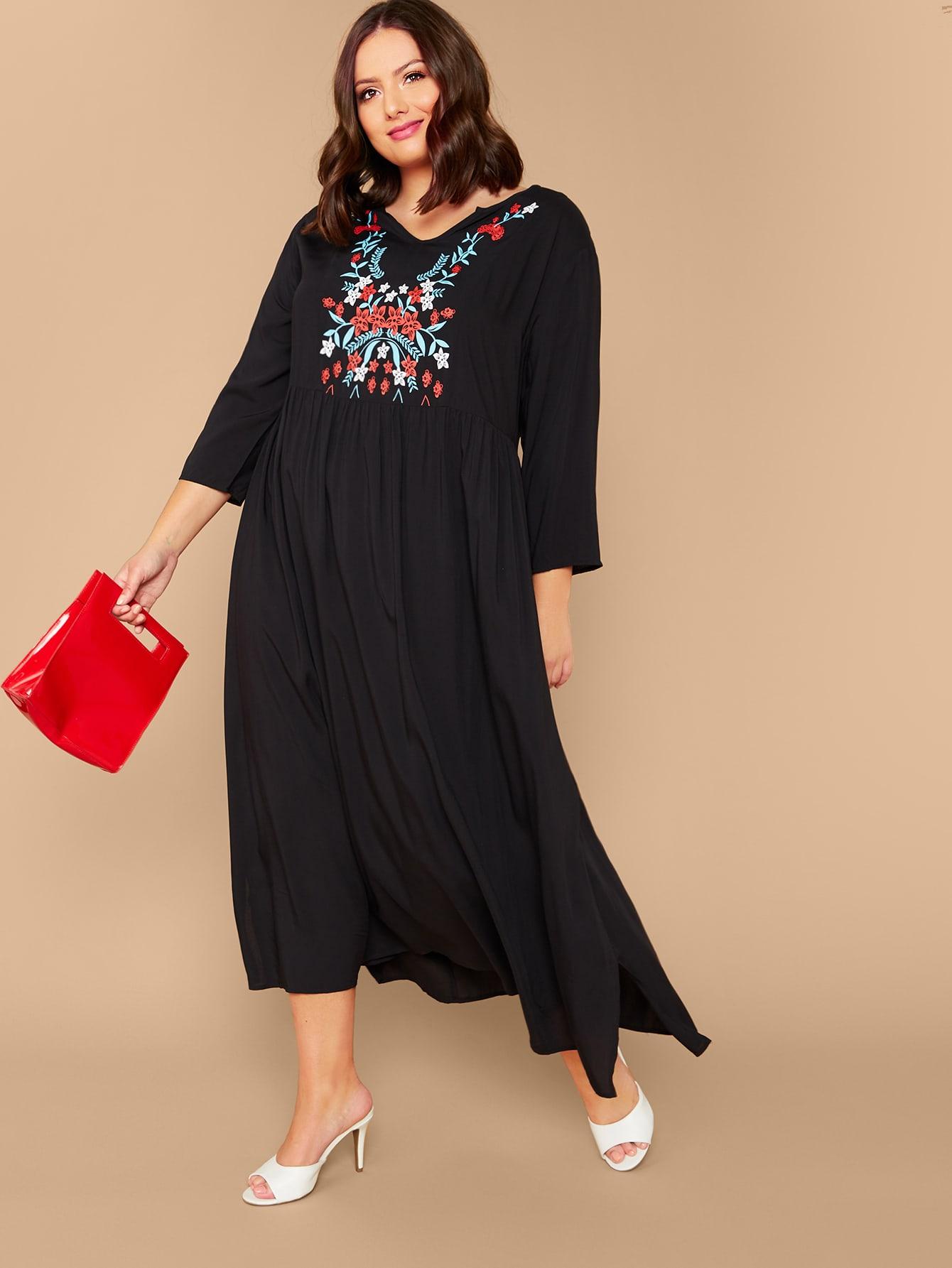 Расклешенное плиссированное платье размера плюс с цветочным принтом
