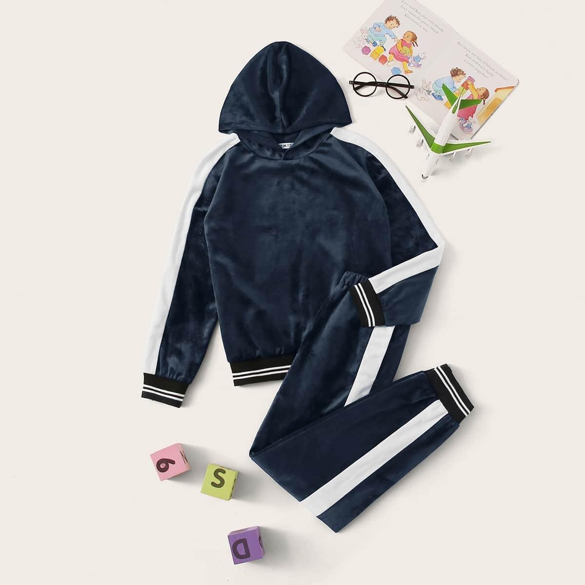 Бархатая толстовка и брюки для мальчиков от SHEIN