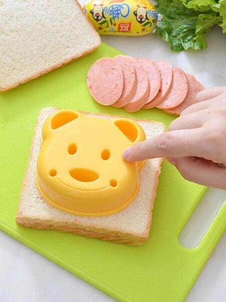 Bear Shaped Sandwich Mold 1pc