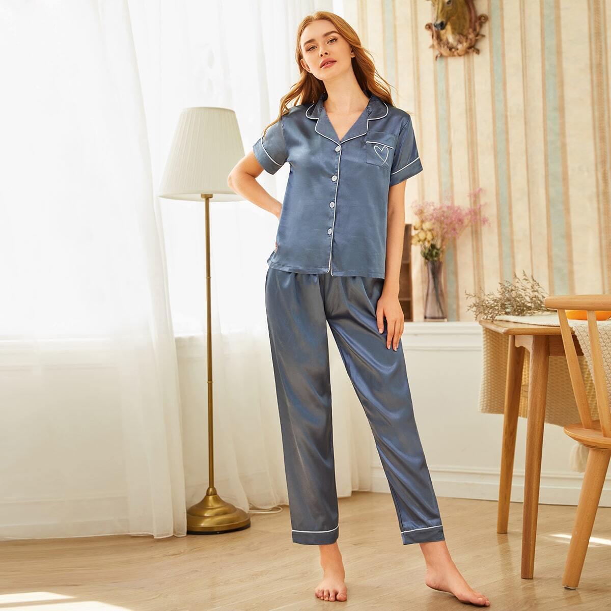 Атласная пижама с пуговицами и вышивкой от SHEIN