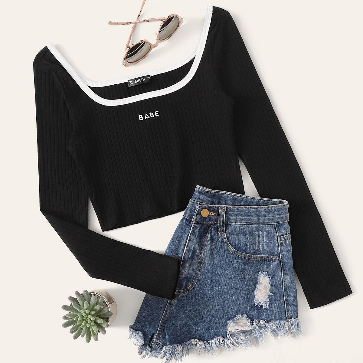 Contrast Trim Embroidered Rib-knit Tee