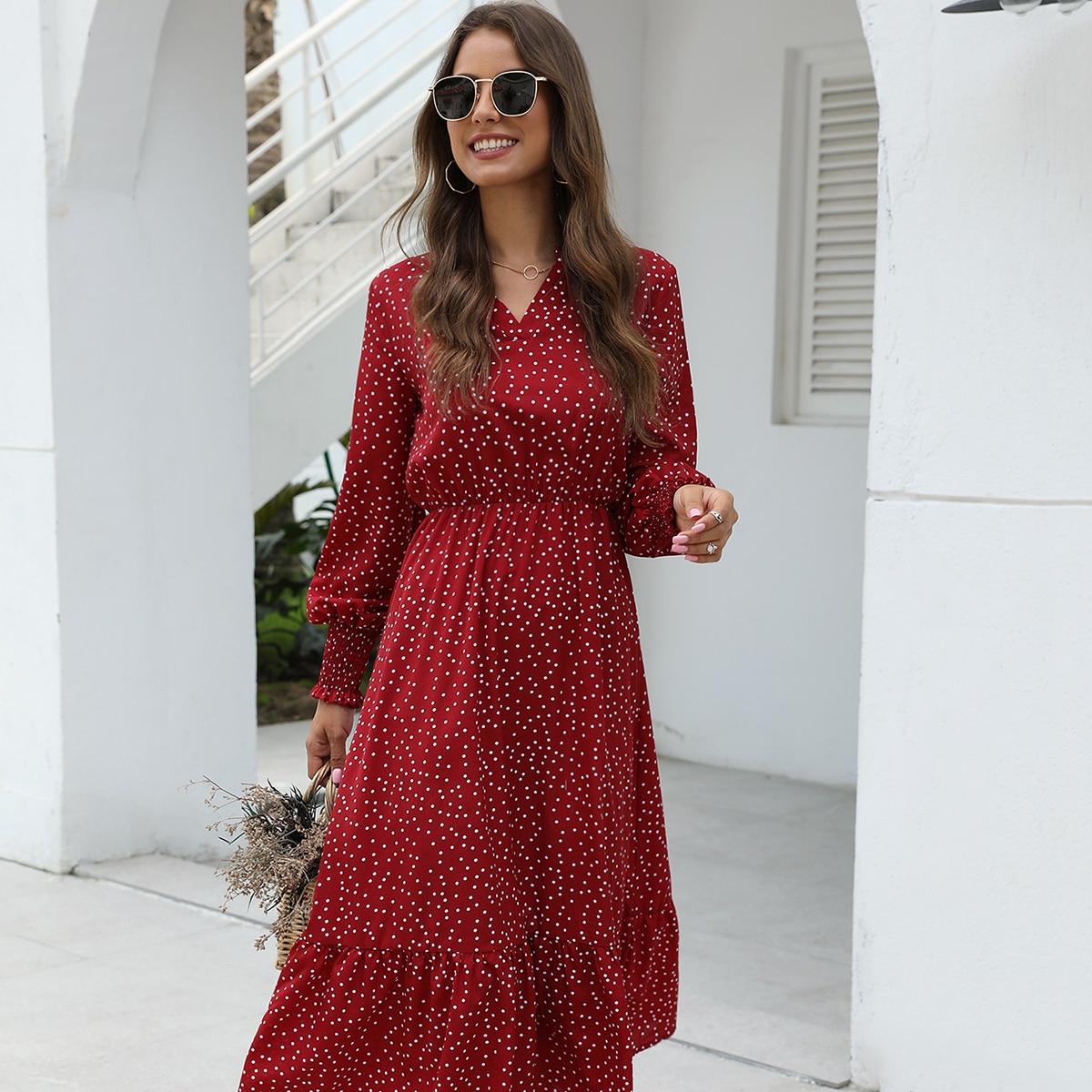 Платье в горошек с v-образным вырезом Image