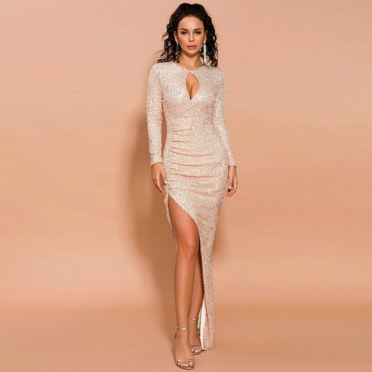 асимметричное платье с блестками и разрезом Image
