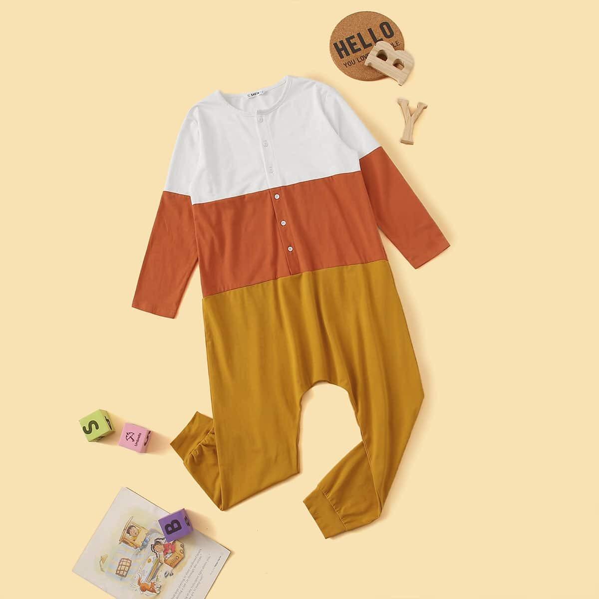 Veel kleurig Schattig Jongens Pyjamas Knoop