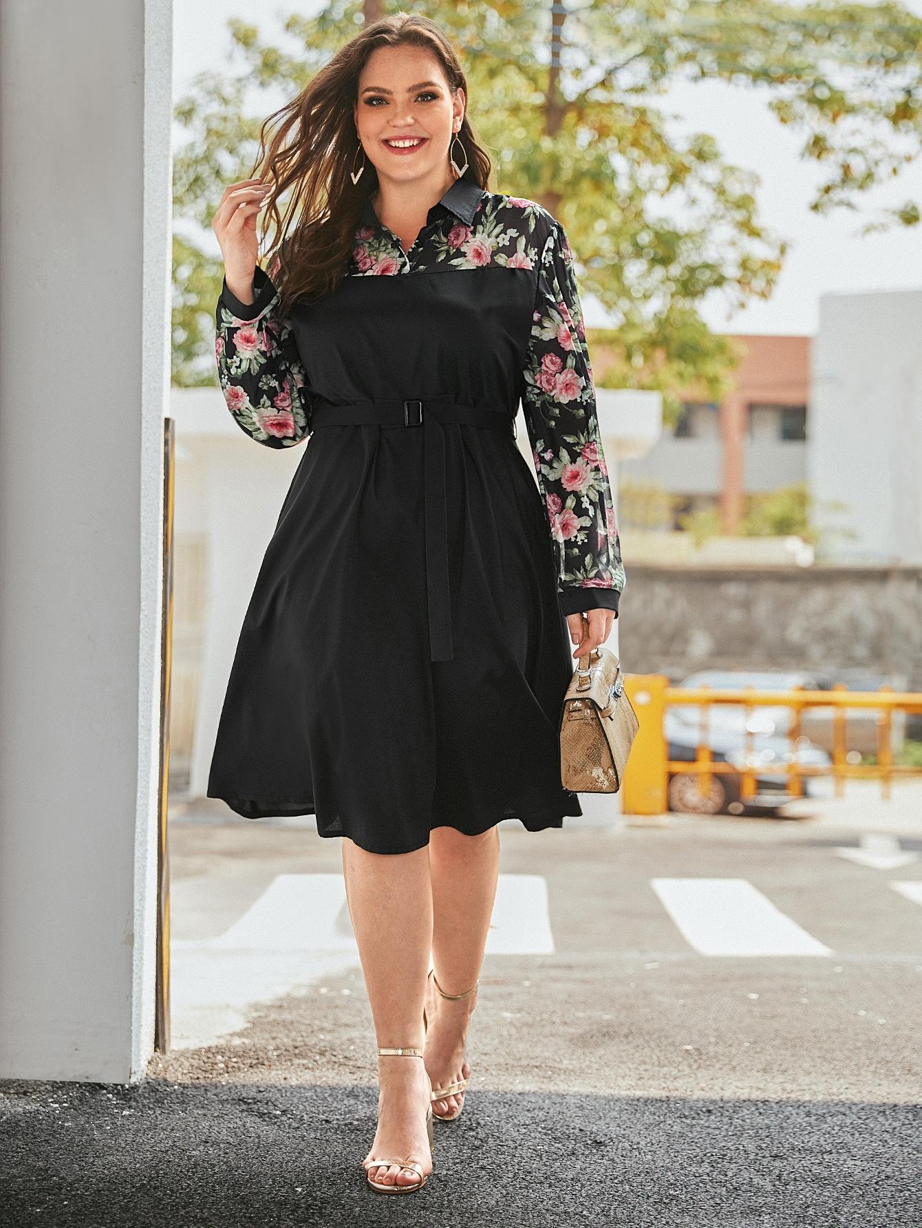 Платье размера плюс с цветочным принтом и пряжкой