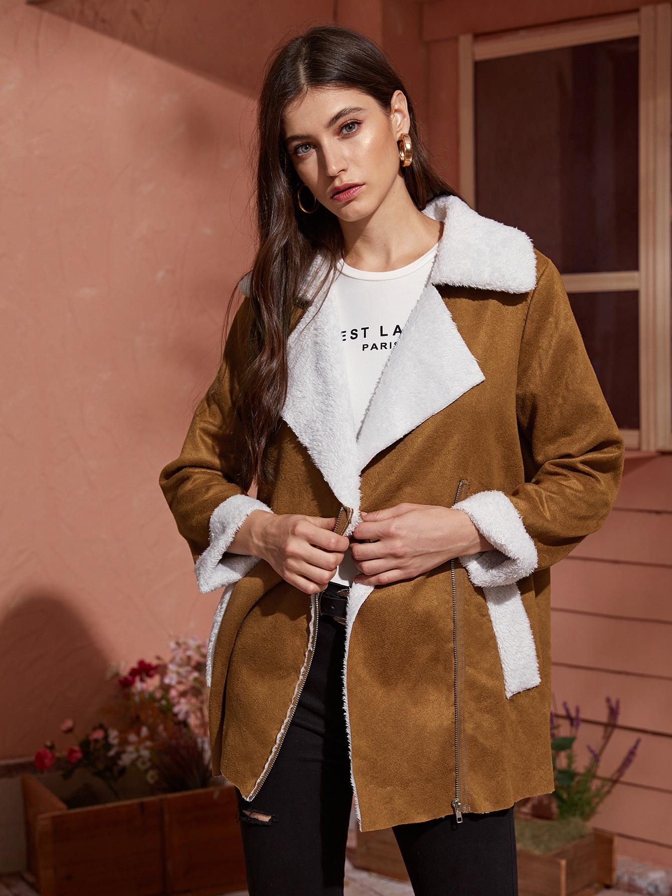 Замшевое пальто на молнии с карманом