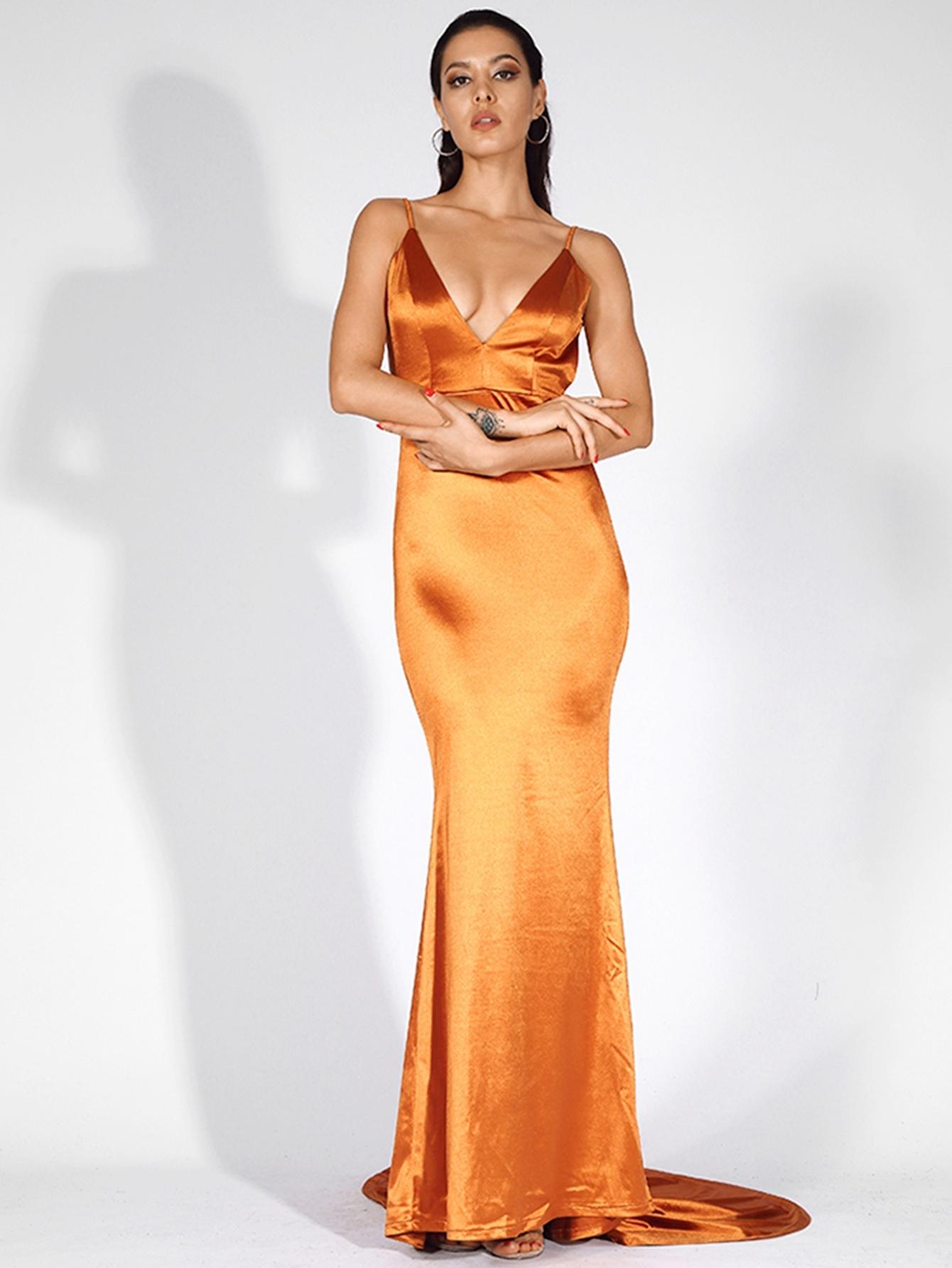 LOVE&LEMONADE атласное платье-русалка на бретелях с открытой спинкой