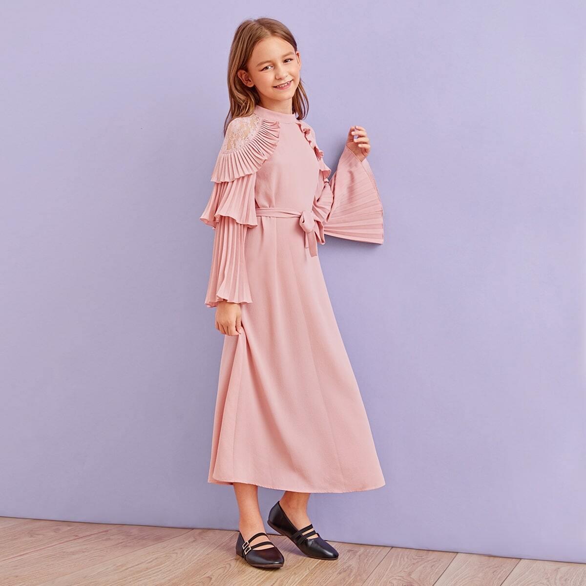SHEIN / Mädchen Kleid mit Spitzen und Glockärmeln