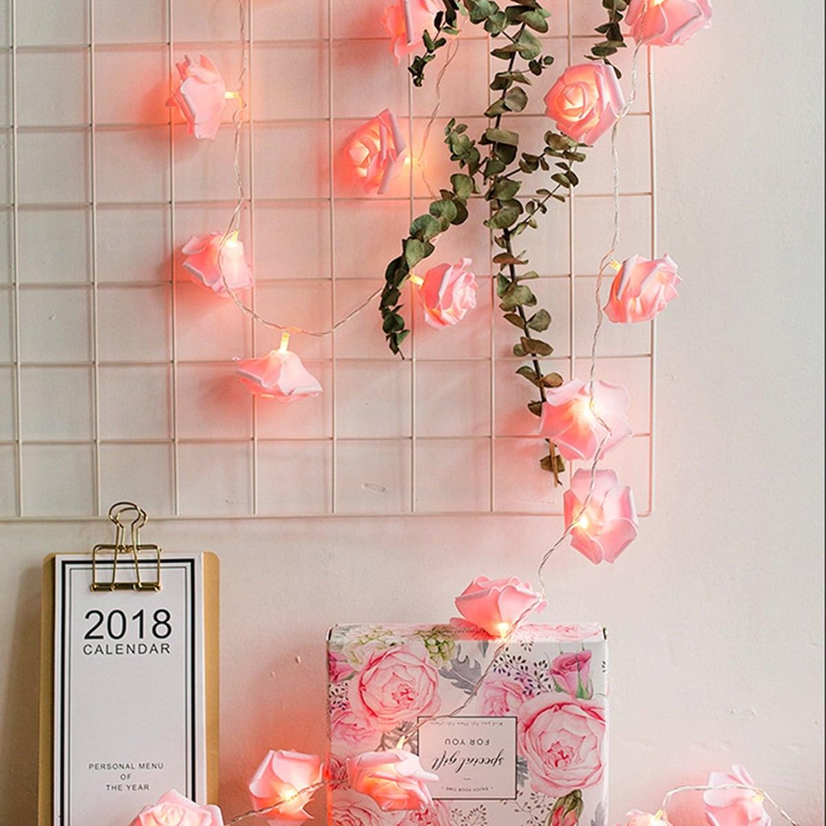 SHEIN / Schnurlicht mit 10 Stücken Blumen förmigen Birnen
