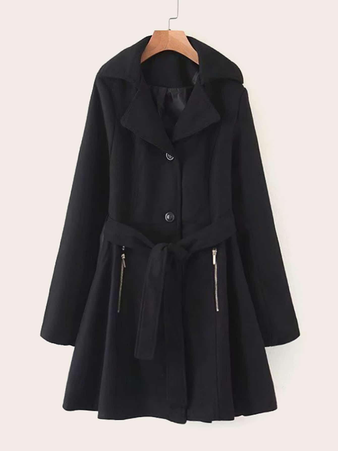 Расклешенное пальто с пуговицами и поясом