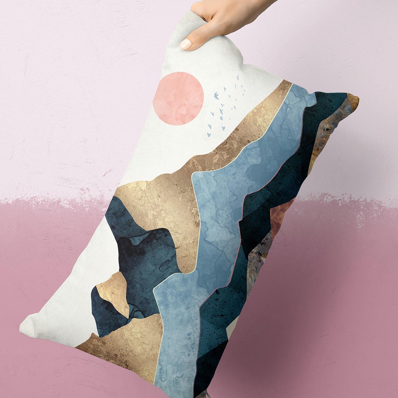 Lumbale kussensloop met berg en zonprint