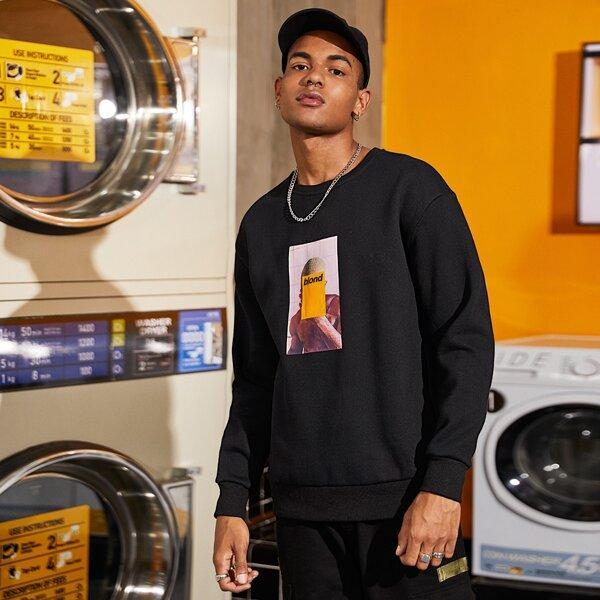 Men Figure Graphic Sweatshirt, Black