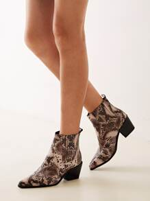 Point Toe Snakeskin Western Boots