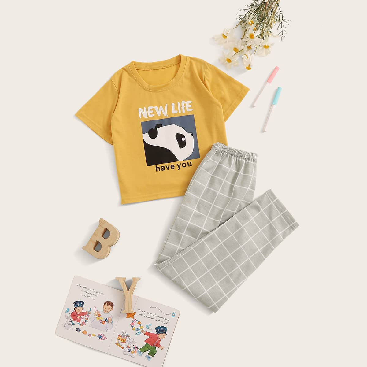 Клетчатая пижама с принтом