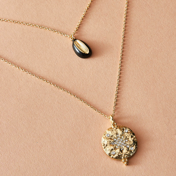 1pc Rhinestone Engraved Round & Shell Charm Layered Necklace, Gold