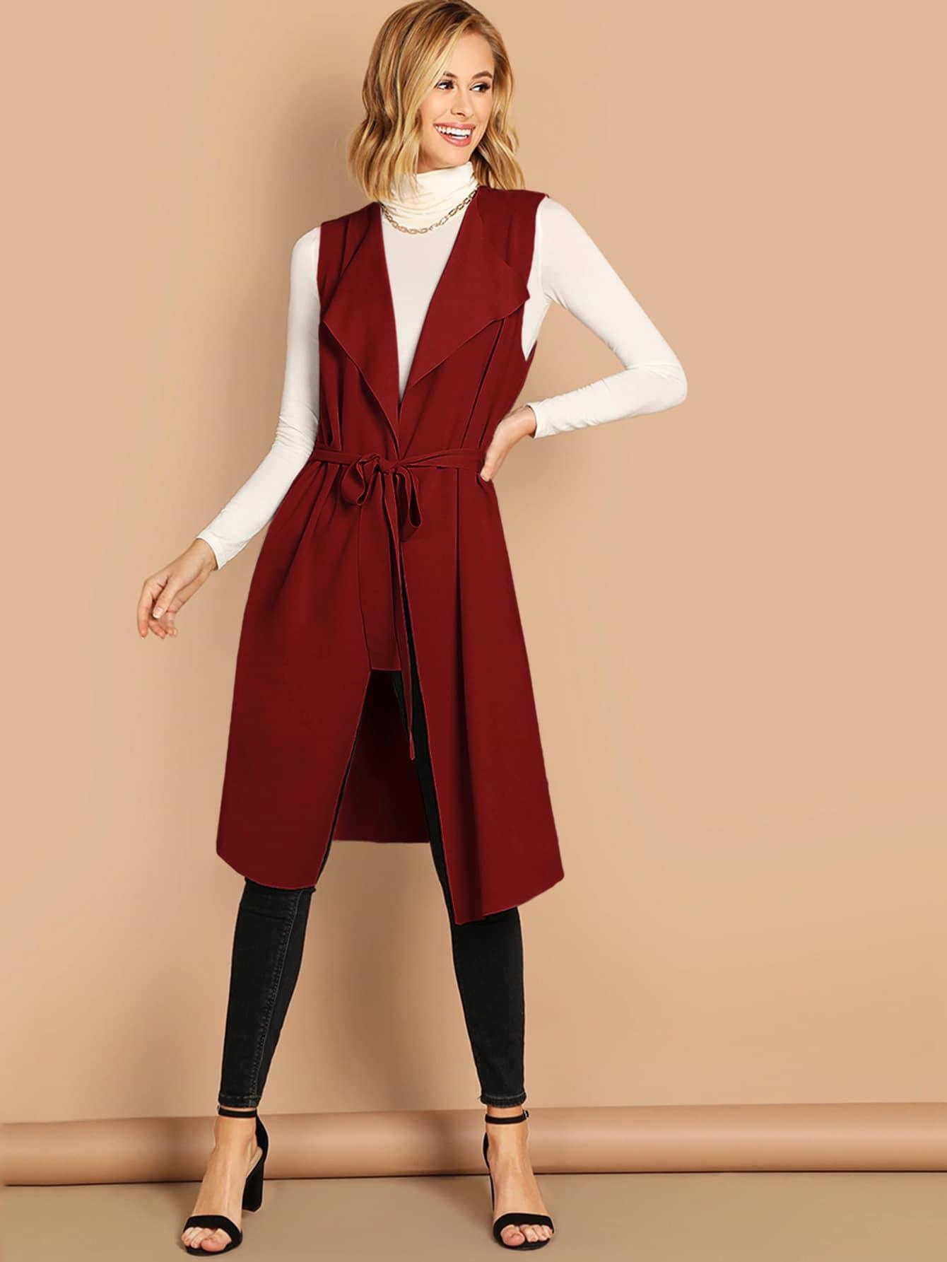 Пальто без рукавов с поясом