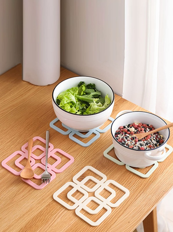 1pc Hollow Square Design Coaster