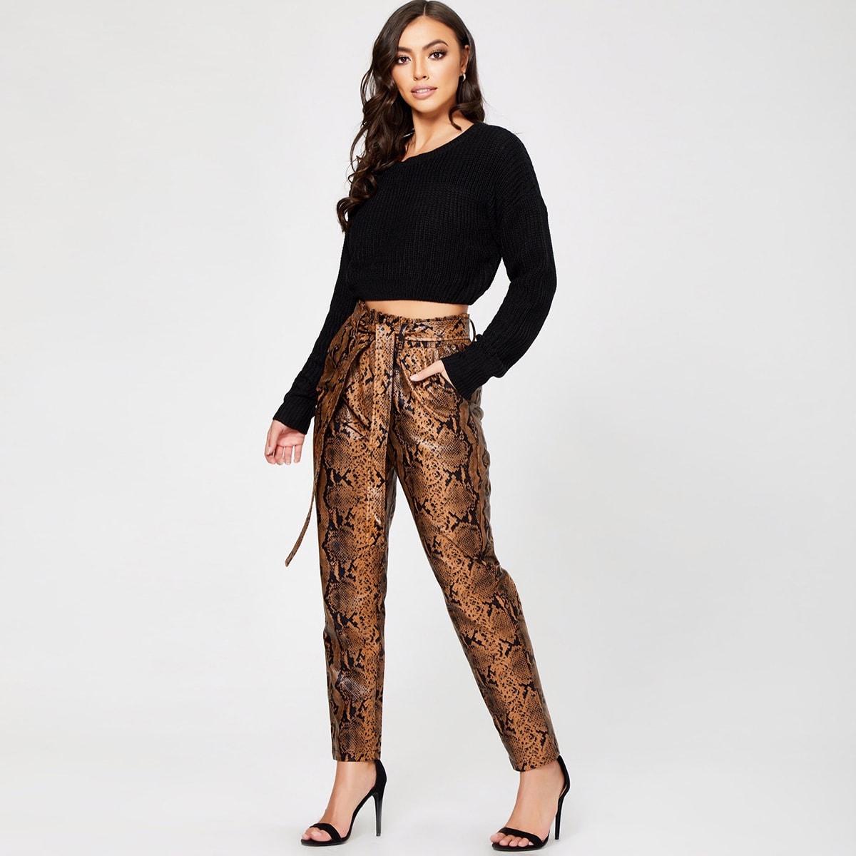 SHEIN / Pantalones PU con cinturón con estampado de piel de serpiente