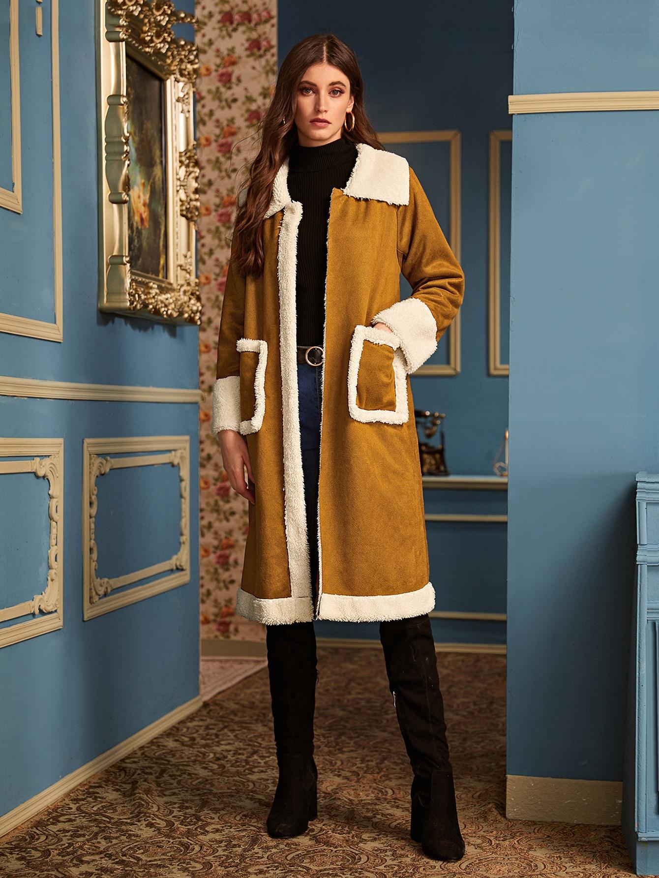 Контрастное плюшевое замшевое пальто с карманом