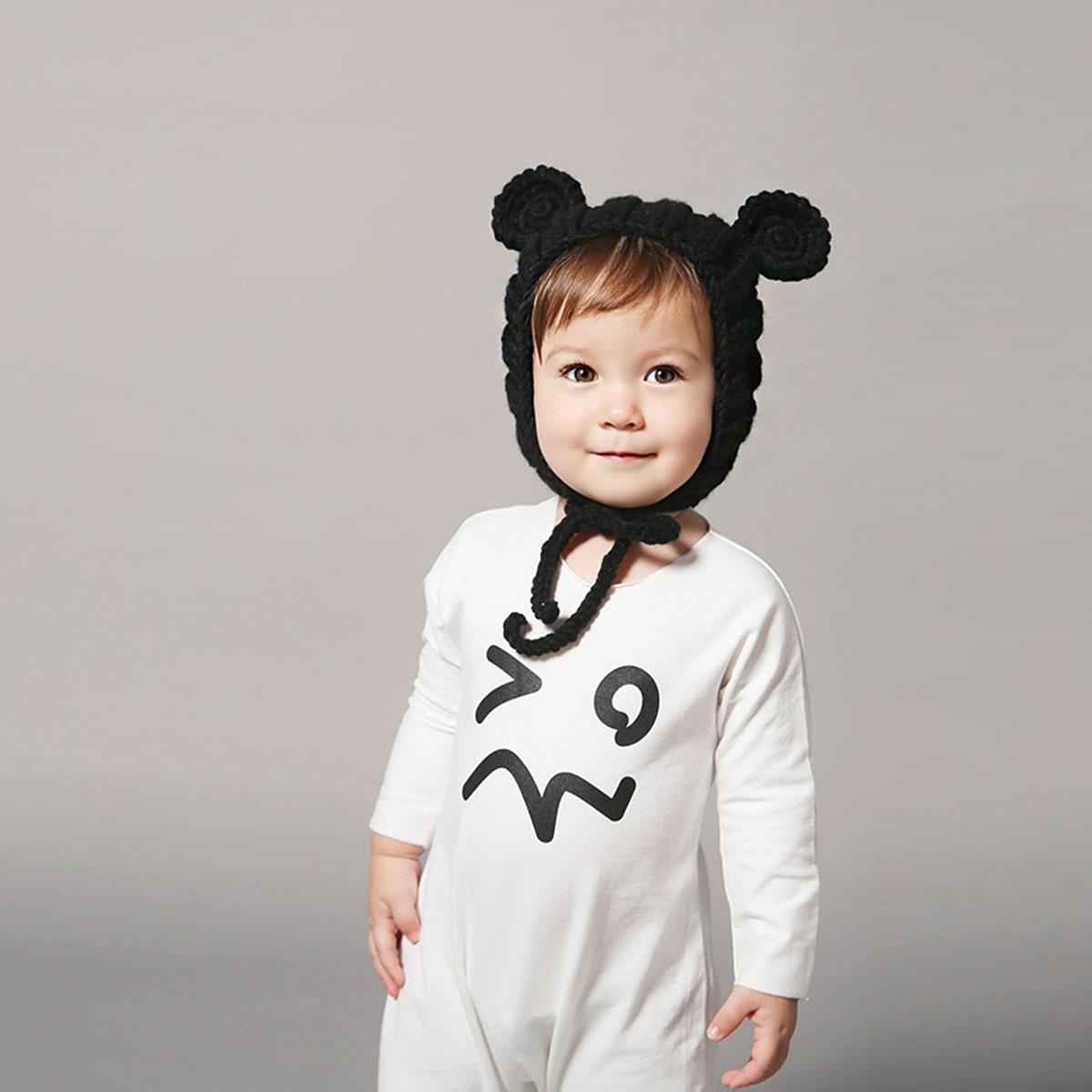 Baby oor ontwerp gebreide muts met touw