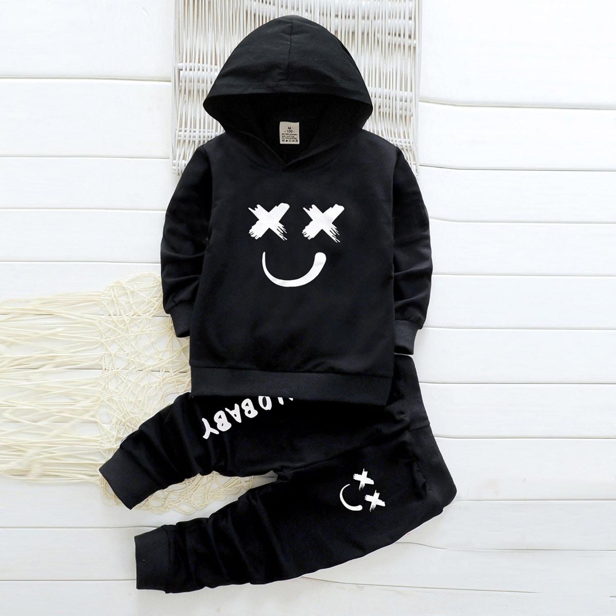 Спортивные брюки и толстовка с мультяшным принтом для мальчиков от SHEIN