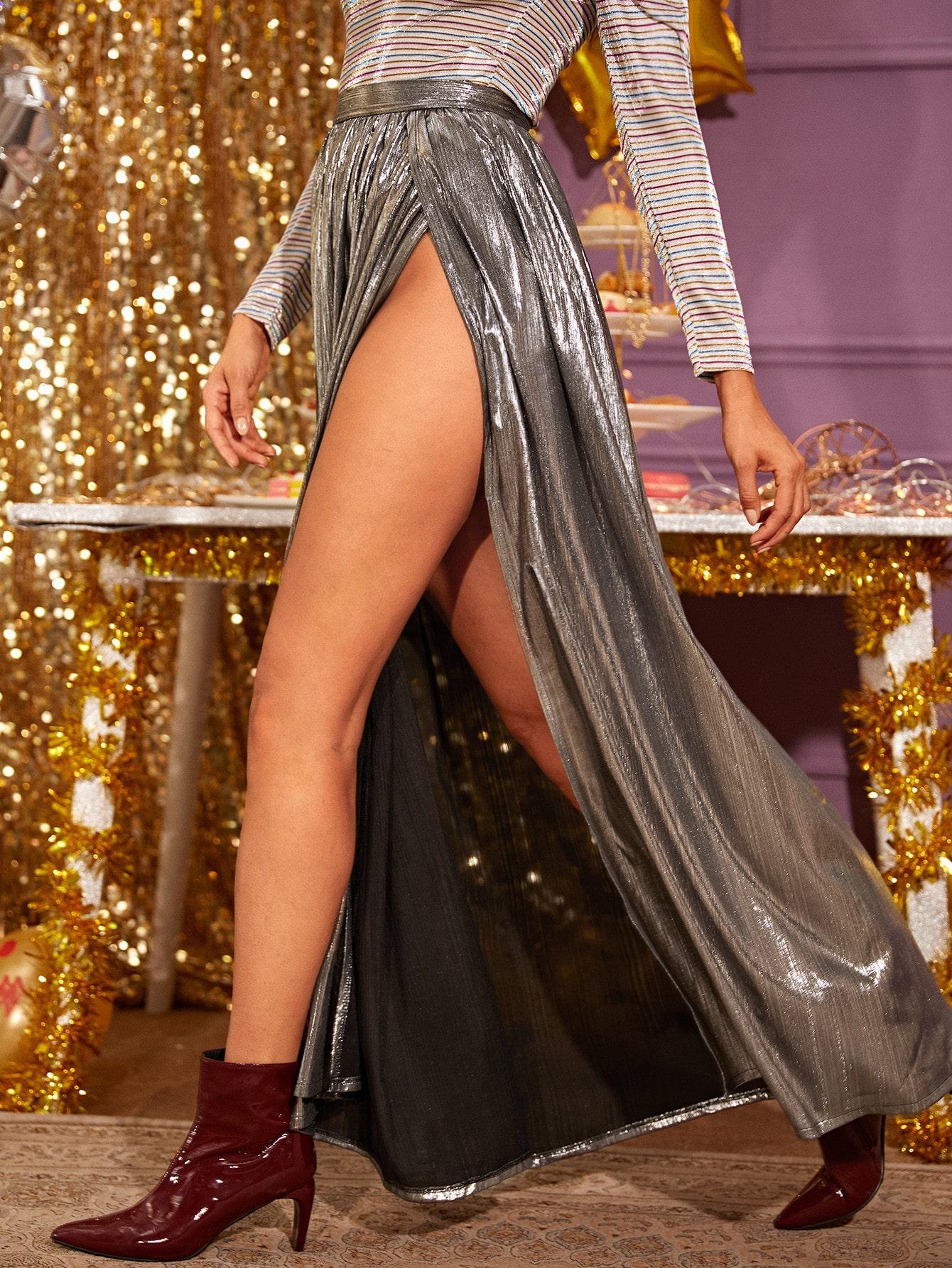 SHEIN / Falda maxi de muslo con abertura de color metálico