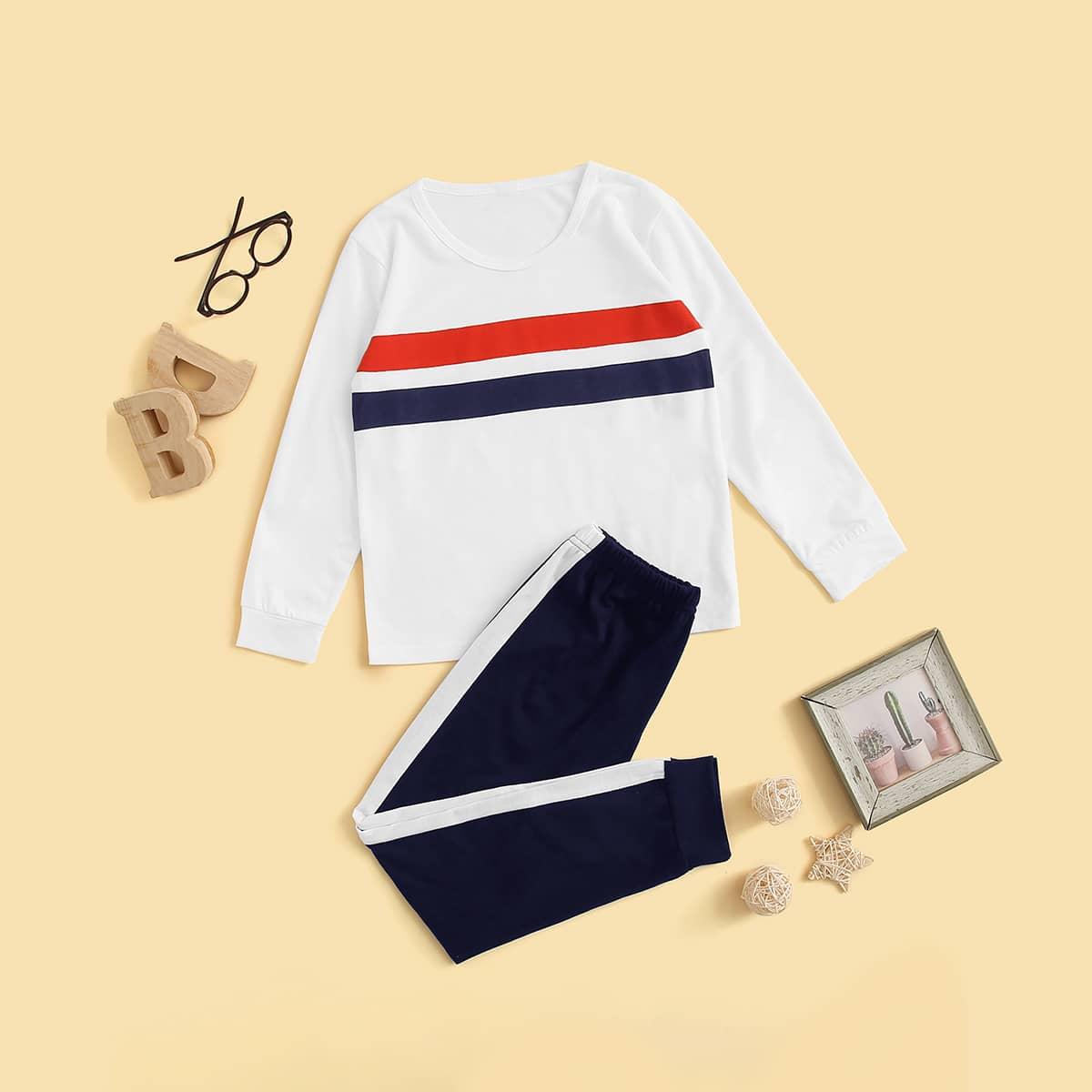 Контрастная полосатая пижама для мальчиков от SHEIN