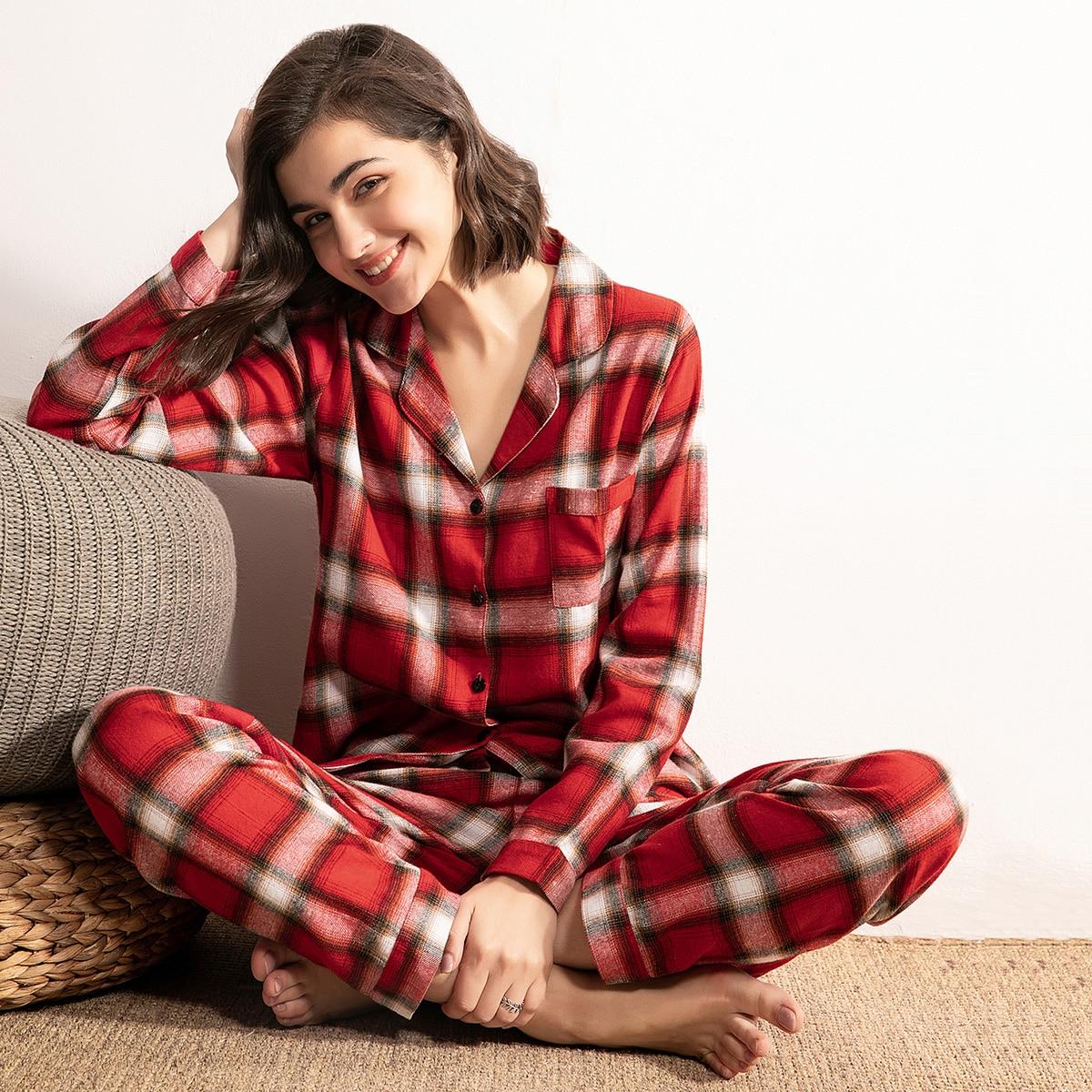 Geruite pyjama set met knopen