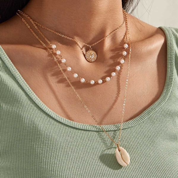 1pc Coin & Shell Charm Layered Necklace, Gold