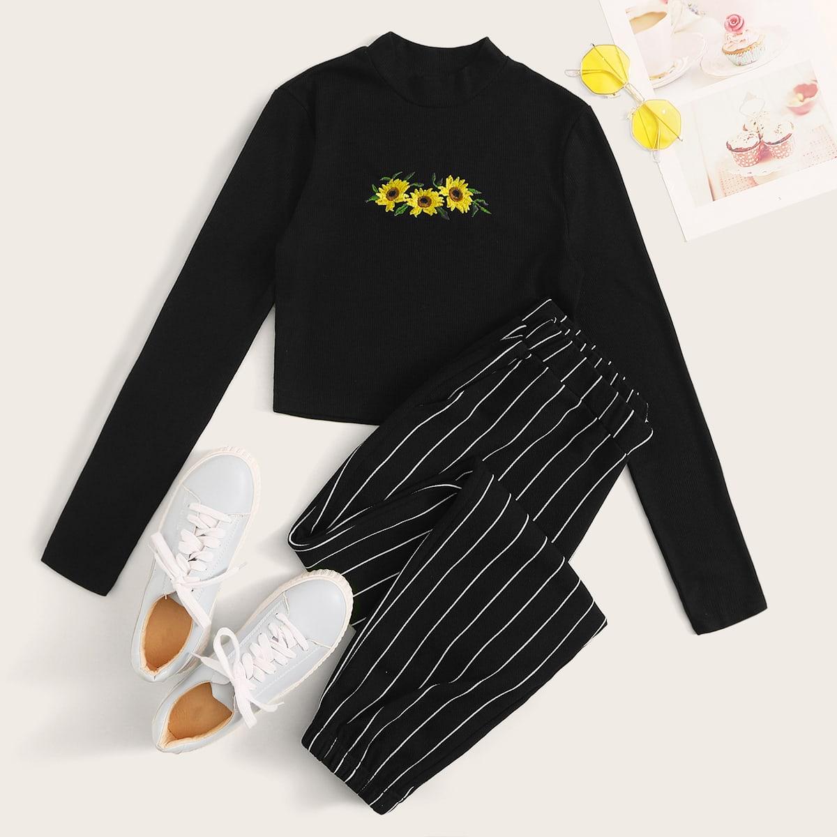 Полосатые спортивные брюки и короткая футболка с вышивкой от SHEIN
