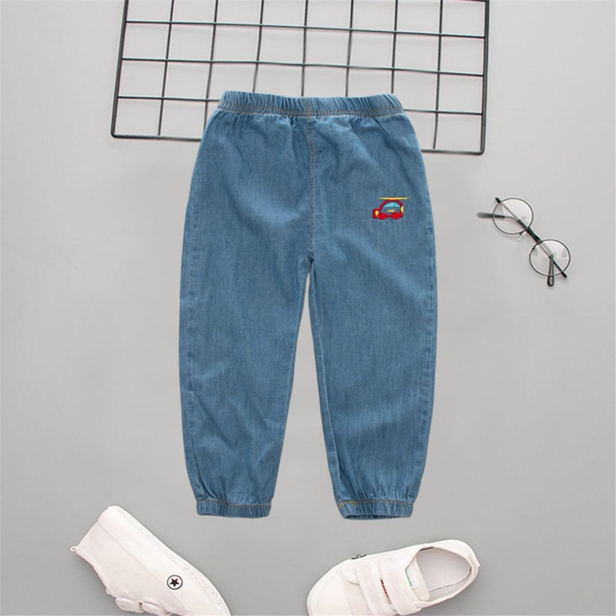 Джинсы с эластичной талией и вышивкой для мальчиков от SHEIN