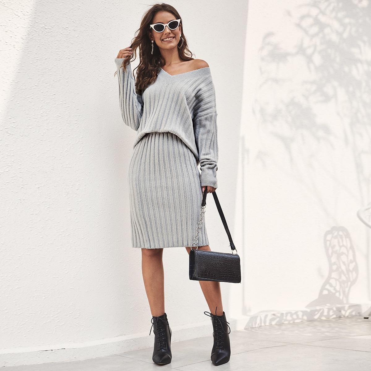 SHEIN / Einfarbiger Pullover mit V Kragen & Pulloverrock