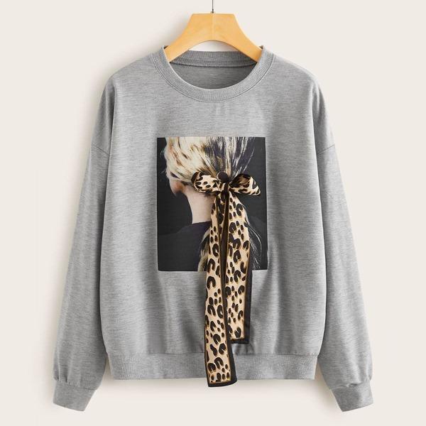 Figure Graphic Tie Front Sweatshirt, Grey