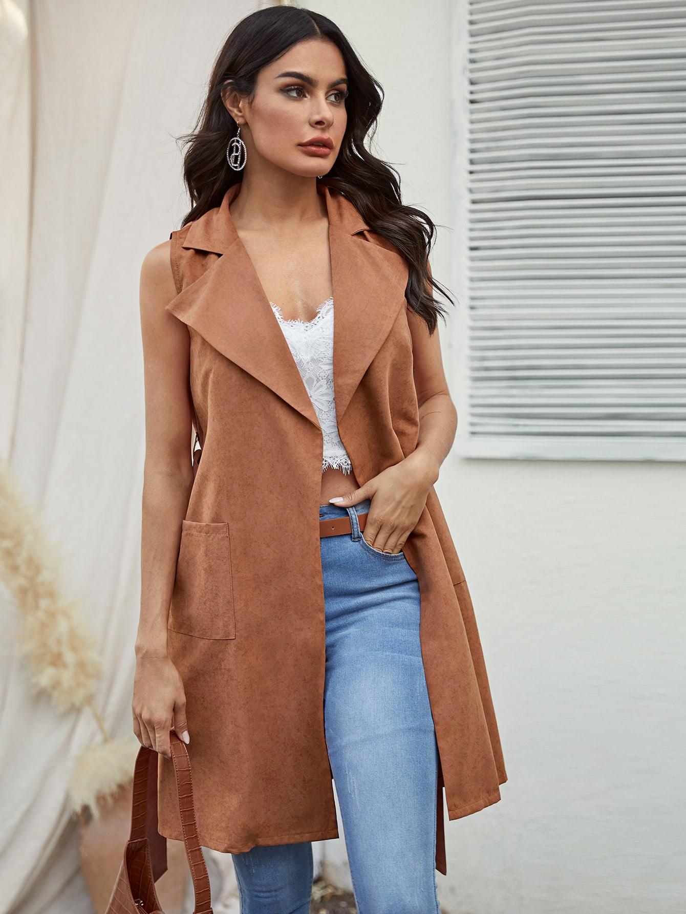 Однотонное пальто-жилет с карманом и поясом